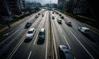 Bruxelas prepara imposto para combustível de aviões e mais restrições nos carros