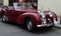 Triumph Roadster 1800 - Good memories of this British builder in the 40s