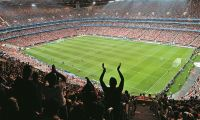 Lotação dos estádios de futebol reduzida para 16,7%