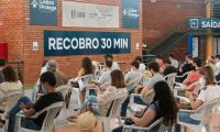 """""""Quase sem gente para vacinar"""". Sucesso português é notícia nos EUA"""