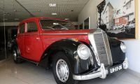 Mercedes-Benz 220 - Very rare and collectable