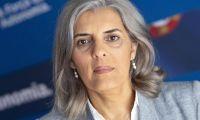 Covid-19: Deputada do PS eleita pelos Açores contesta manutenção de voos para a região